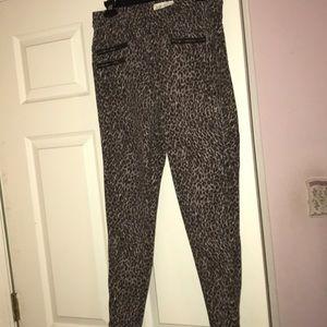Cheetah print skinny pants